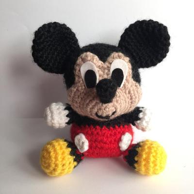 Mickey Mouse Disney Patrón Amigurumi Bebe