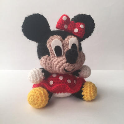Minnie Mouse Disney Patrón Amigurumi