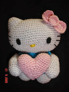 Hello Kitty con corazón