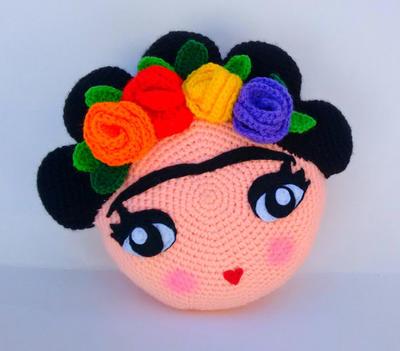 Patrón cojín Frida amigurumi