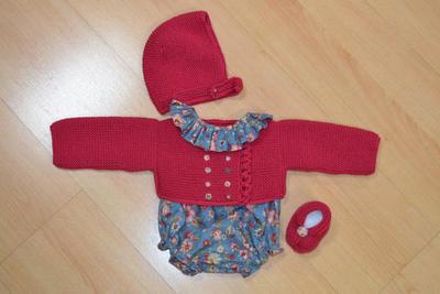 Conjunto de chaqueta, gorro, y botitas para niño - niña de 6 a 9 meses
