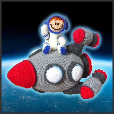 Cohete espacial y Astronauta