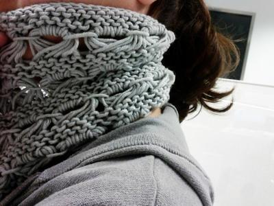 Cuello de lana a punto caracol