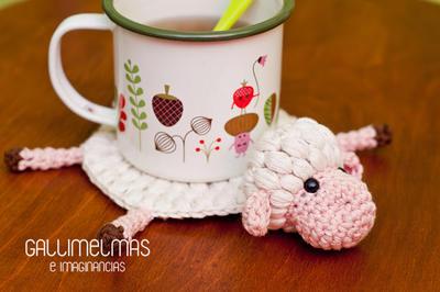 Posatazas lanero de ovejita a crochet