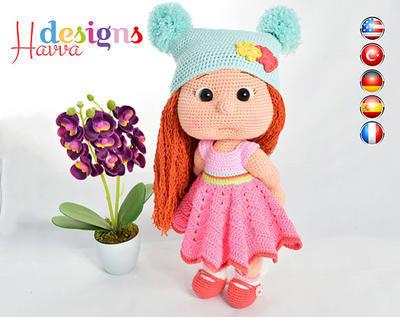 PATRÓN - Mia con ropa color (incluye el cuerpo con ropa y accesorios)