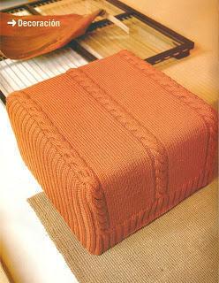 Patrón para tejer una funda de puf