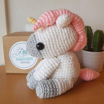 Patrón unicornio fantasía / kawaii amigururmi crochet