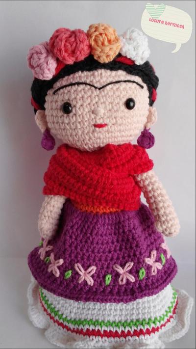Patrón amigurumi muñeca Frida Kahlo