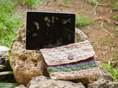 Funda para tablet de lana