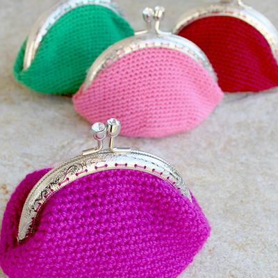 Monedero de lana de colores