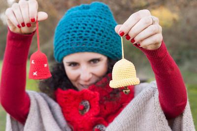 Campanita de ganchillo para árbol de navidad