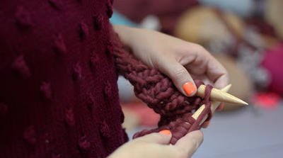Aprende a tejer una HUDSON SHIRT con lana gruesa de WE ARE KNITTERS
