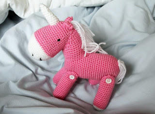 Unicórnio rosa claro Amigurumi no Elo7 | Fio a Fio crochetaria ... | 235x320