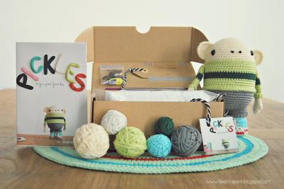 "DIY Kit de amigurumis - ganchillo muñeca ""Pickles"""
