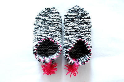 Kit para tejer Slippers de lana de FLOW KNITTERS