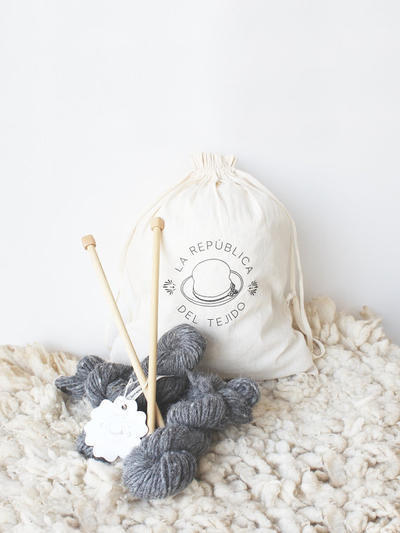Knitting Kit Agata Gris