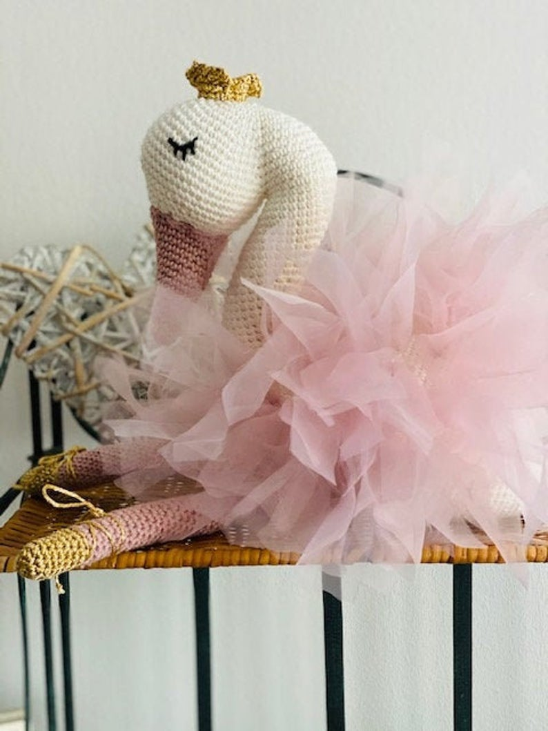 Patrón para hacer precioso cisne a crochet