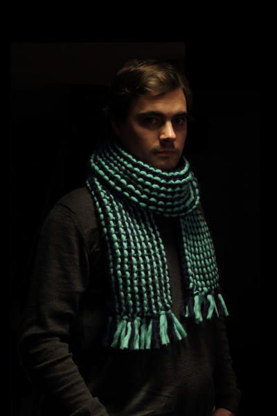 Stan Scarf knitting kit