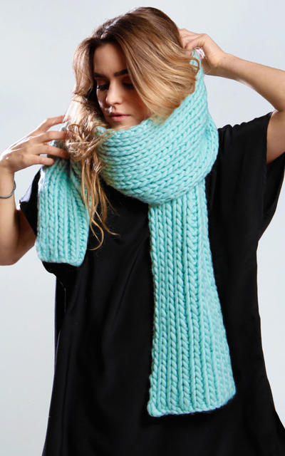 Strelitzia Scarf knitting kit