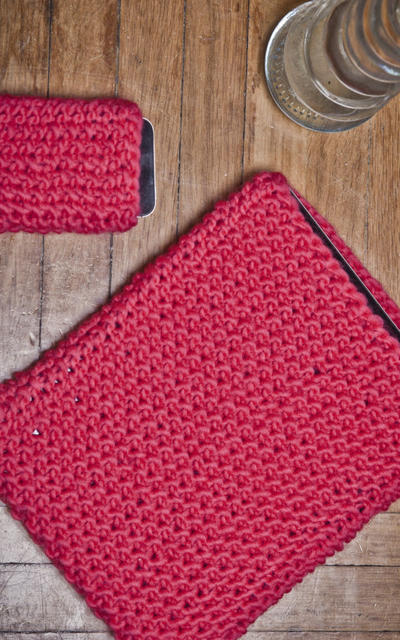 Tablet and Phone Knitting kit